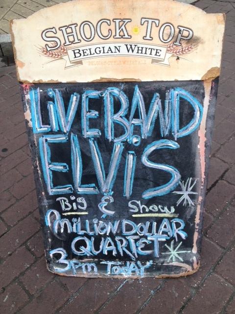 Live BAND ELViS