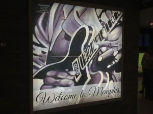 メンフィス国際空港「Welcome to Menphis」