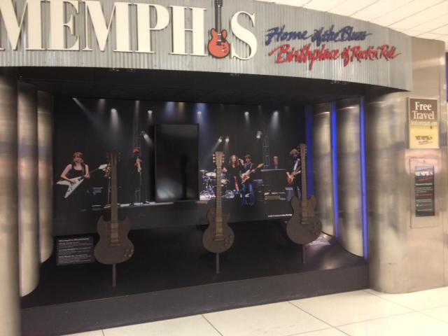 メンフィス国際空港はジャズとブルース音楽に満ちている