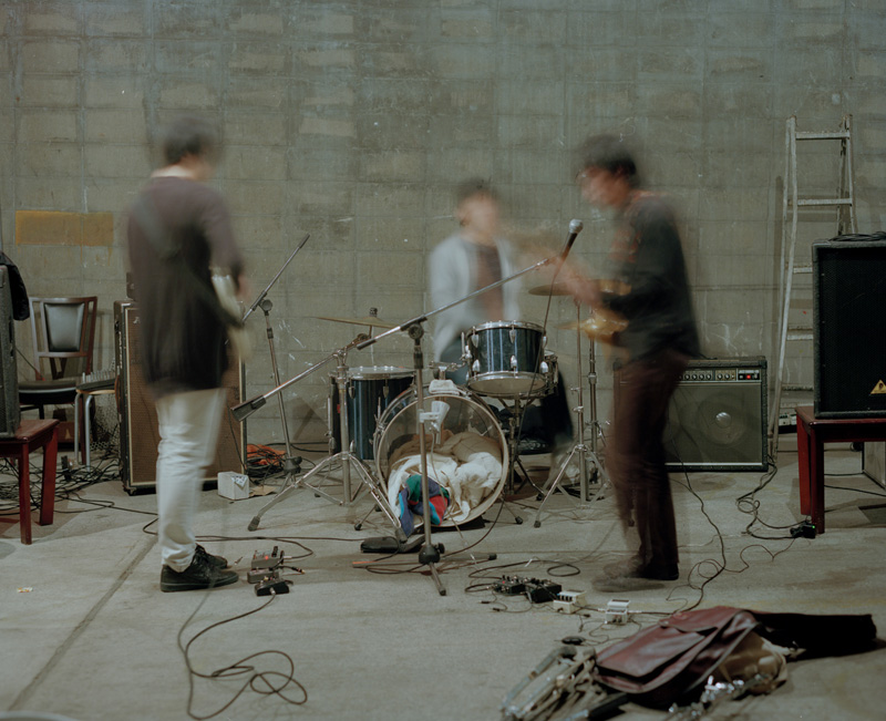 東京から京都に拠点を移したバンド空間現代